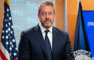 Story reafirmó apoyo de EEUU a la negociación en México, tras nuevo ataque del chavismo