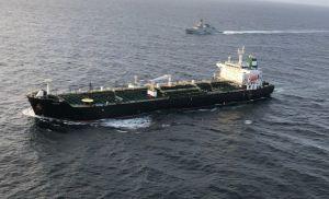 Reuters: Superpetrolero cargado con crudo está listo para zarpar de Venezuela hacia Irán violando las sanciones internacionales