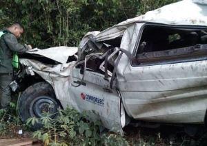 Trabajador de Corpoelec murió tras caer al vacío en la autopista Caracas – La Guaira (Fotos)