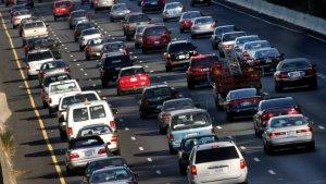 El ruido del tránsito puede generar mayor riesgo de demencia, según estudio