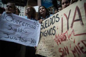 """El régimen de Maduro """"se hace el loco"""" con el aumento del salario mínimo en Venezuela"""