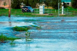 Alarmante: Graves inundaciones en California dejan sin electricidad a 380 mil hogares (VIDEO)